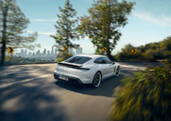 Porsche_Taycan-3