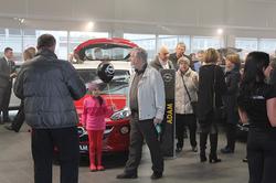 Fjöldi gesta á Opel sýningu