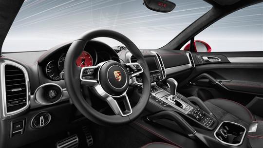 Porsche-GTS-17