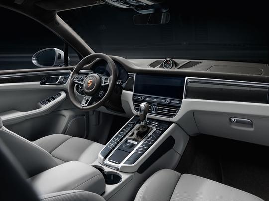 Porsche Macan-10