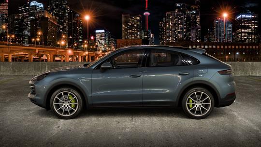 Porsche_Cayenne_Coupe_E-Hybrid_Litur-7