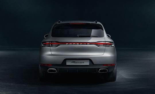 Porsche Macan-13