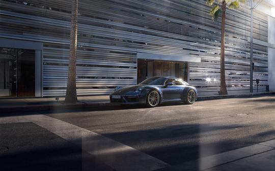 Porsche 911 4S-15