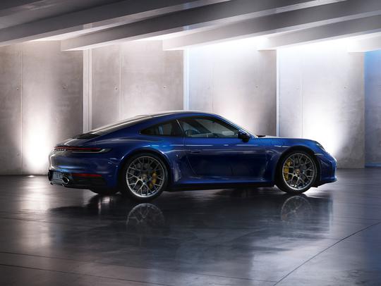 Porsche 911 4S-2